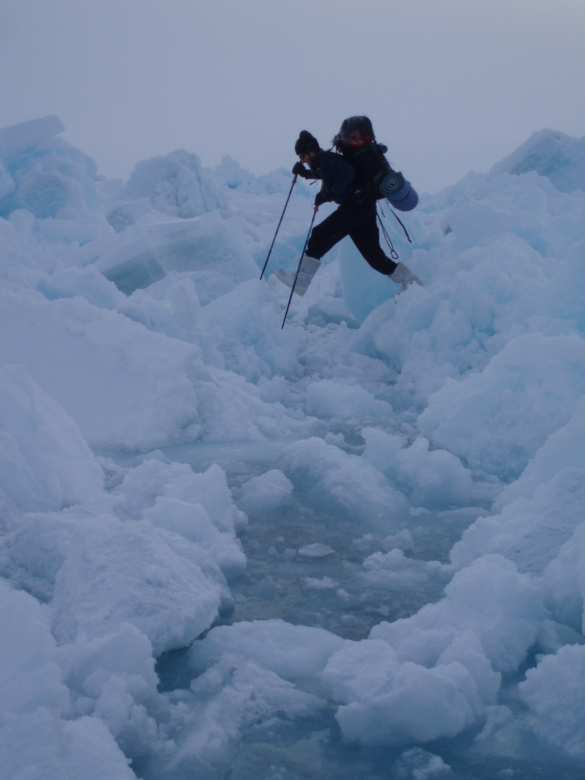 Tessum navigating floating ice enroute to the North Pole